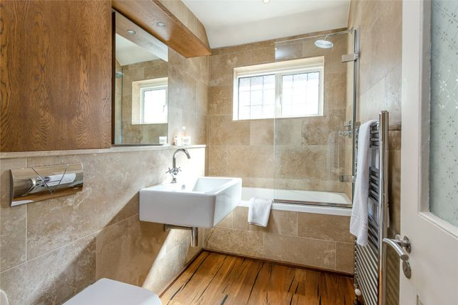 Bathroom of Courthope Road, Wimbledon, London SW19