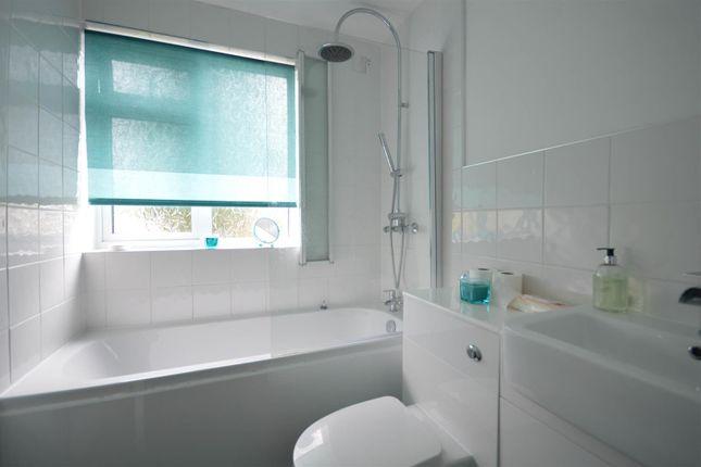 Bathroom of Goodyers End Lane, Bedworth CV12