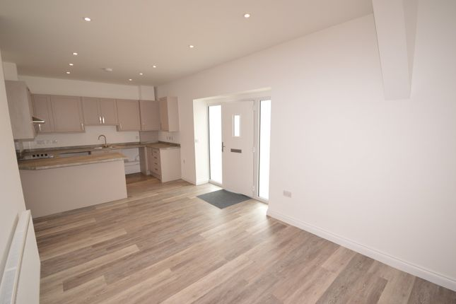 Open Plan Living Apartment To Rent In Selsey