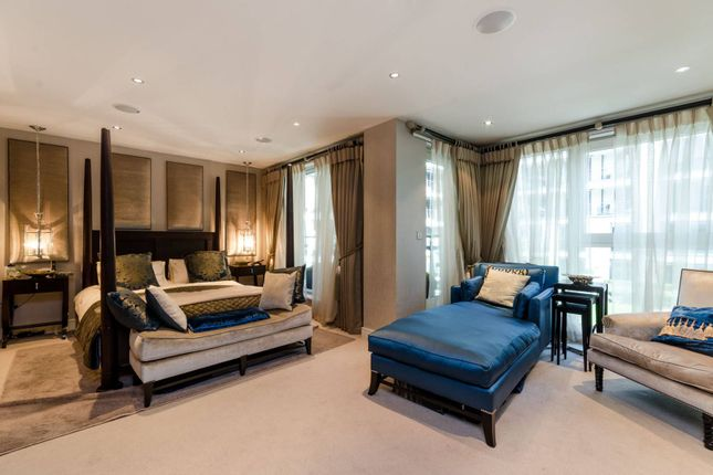 Thumbnail Flat for sale in Banyan House, Imperial Wharf, London