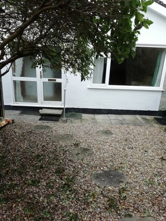 Thumbnail Bungalow to rent in St Leonards Avenue, Crundale