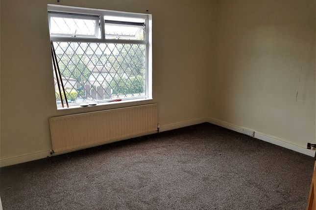 Thumbnail Town house to rent in Auckland Road, Bradford