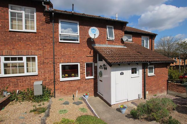 Thumbnail Terraced house for sale in Plaiters Way, Bidwell, Dunstable