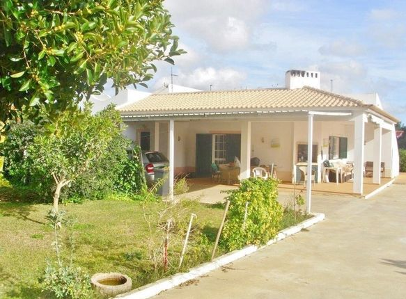 Villa for sale in Portugal, Algarve, Estói