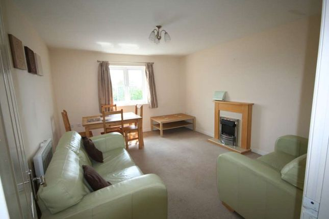 Thumbnail Flat to rent in Waring Avenue, St. Helens