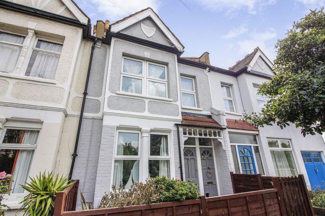 Thumbnail Flat for sale in Gore Road, London