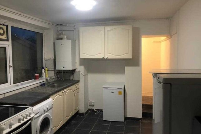 Thumbnail Terraced house to rent in Stow Hill Hill, Treforest, Pontypridd