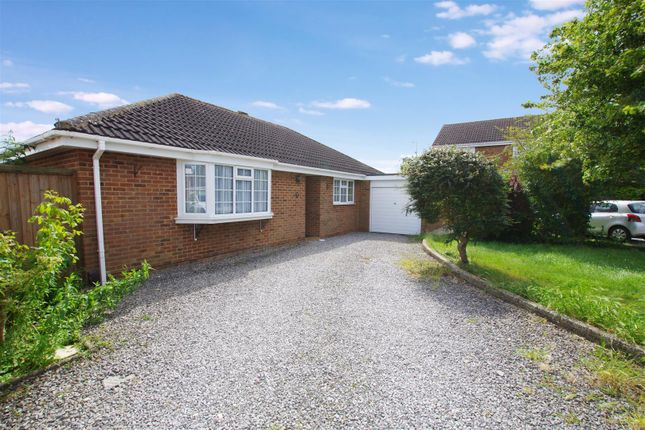 Thumbnail Detached bungalow to rent in Paddock Close, Haydon Wick, Swindon