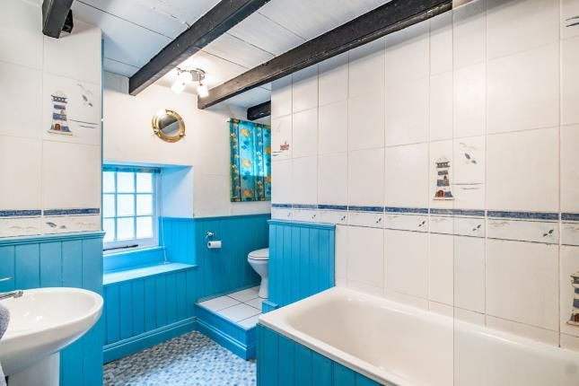 Bathroom of Fore Street, Port Isaac PL29