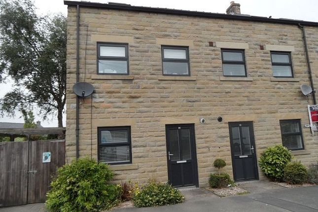 Thumbnail Flat to rent in 14 Torside Mews, Hadfield, Glossop
