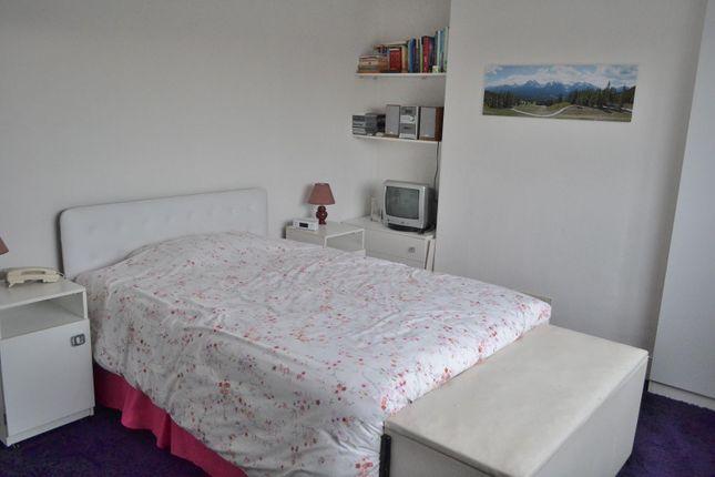 Bedroom 1 of Chesshyre Street, Brynmill, Swansea SA2