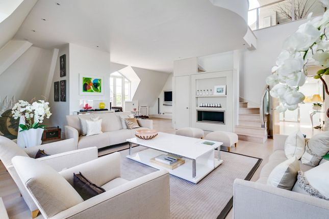 Thumbnail Flat for sale in Frognal Rise, Hampstead Village, London