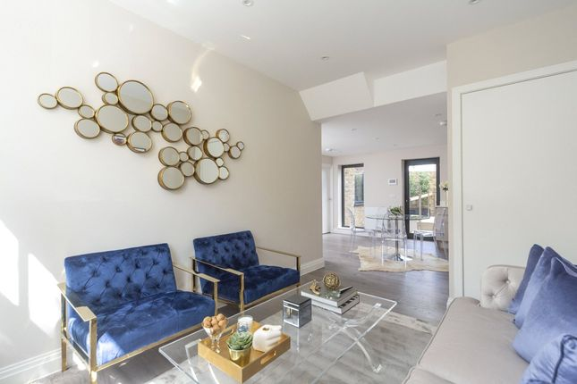 Thumbnail Flat for sale in Flat 4, 26 John Campbell Road, Dalston, London