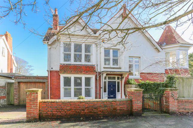 Thumbnail Semi-detached house for sale in De Warrenne Road, Lewes