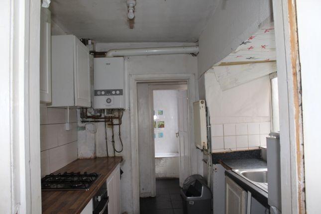 Kitchen of Perrott Street, Winson Green, Birmingham B18