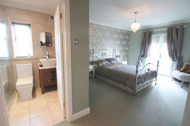 Master Suite of Cotman Drive, Bradwell NR31