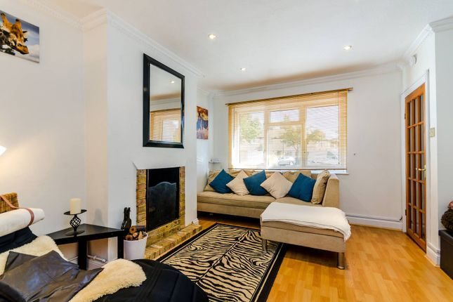 Thumbnail Property to rent in Bloxham Crescent, Hampton