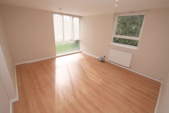 Thumbnail Flat to rent in Pembroke Road, Bromley