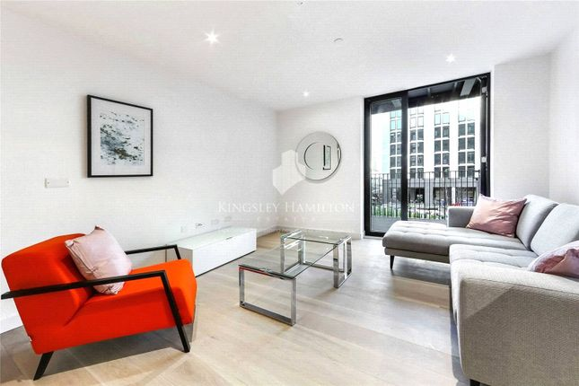 Thumbnail Flat to rent in Masthead House (Royal Wharf), 14 Rope Terrace, London