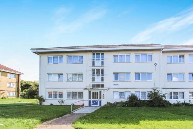 Thumbnail Flat to rent in Sedbergh Road, Southampton