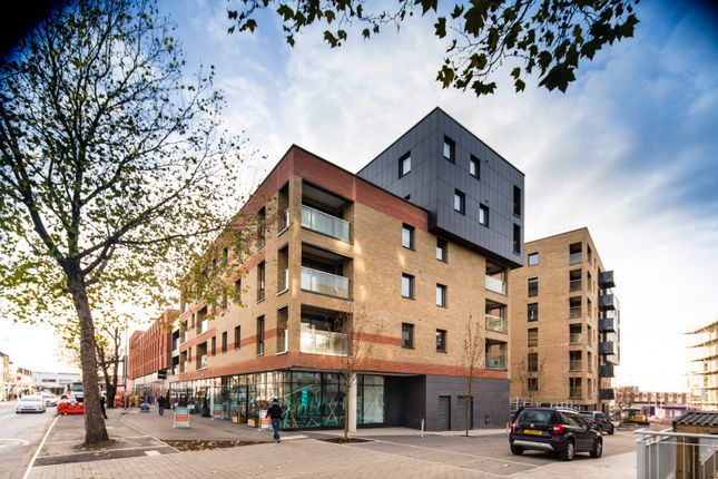 Thumbnail Flat to rent in Blackhorse Road, Walthamstow
