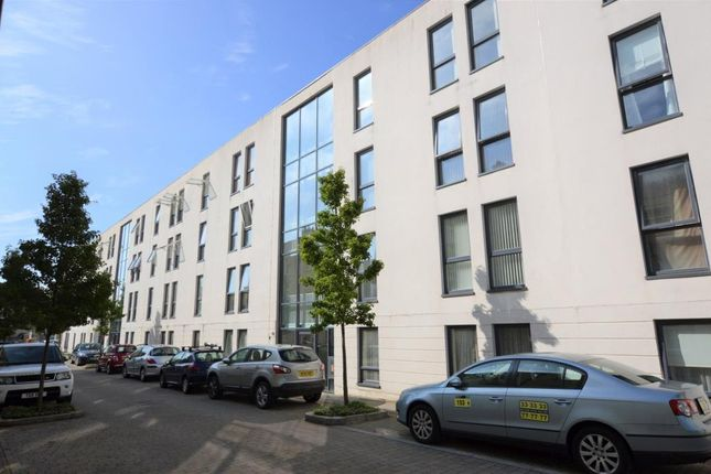 Thumbnail Flat to rent in Charles Darwin Road, Plymouth, Devon
