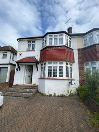 Thumbnail Property to rent in Mount Pleasant, Cockfosters, Barnet