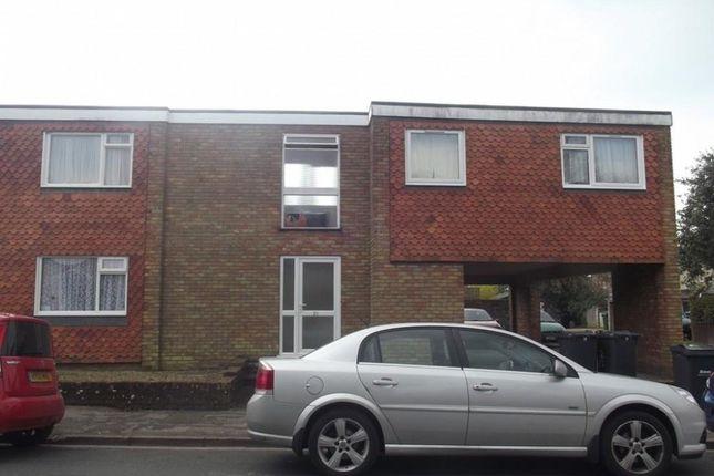 Thumbnail Flat to rent in Beechworth Road, Havant
