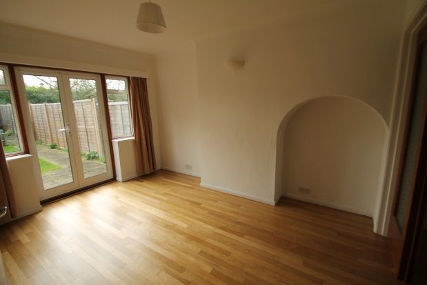 3 bed property to rent in Southcroft Road, Orpington