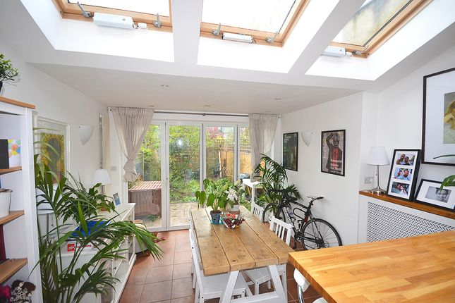 Thumbnail Terraced house to rent in Beechwood Road, Crouch End, London