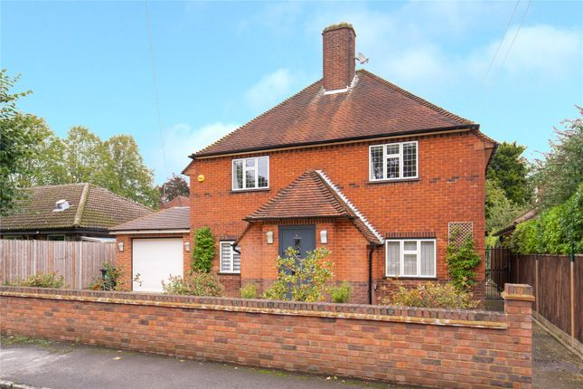 Thumbnail Detached house for sale in Orchehill Rise, Gerrards Cross, Buckinghamshire