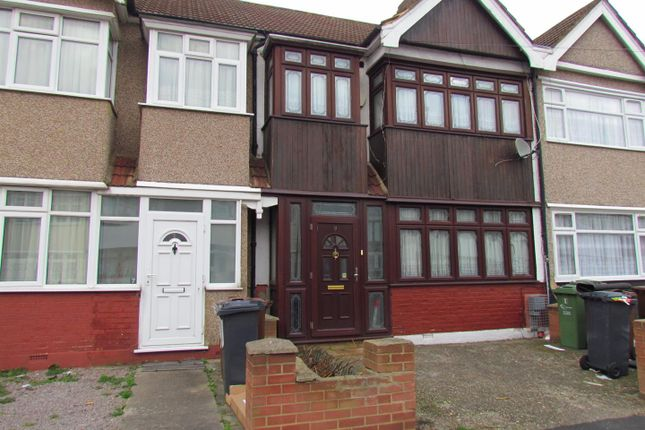 Thumbnail Terraced house to rent in Gray Avenue, Dagenham