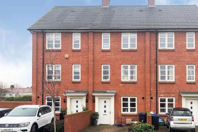Property for sale in Brickfield Road, Mitcham