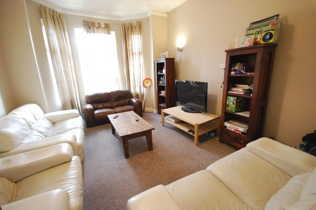 Thumbnail Terraced house to rent in Connaught Avenue, Manchester