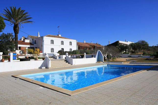 Thumbnail Farmhouse for sale in 8200 Guia, Portugal