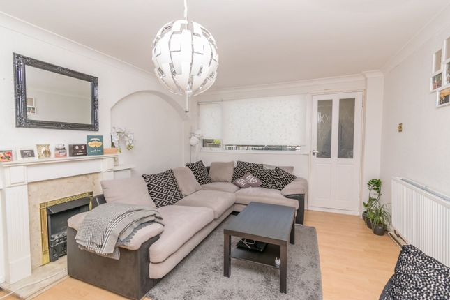 Lounge of Telford Way, Leicester LE5