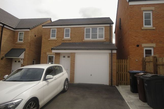 Thumbnail Detached house to rent in Forrest Close, Bradford