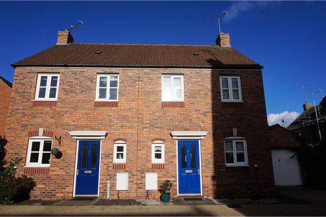 Thumbnail Semi-detached house for sale in Lynnon Field, Warwick