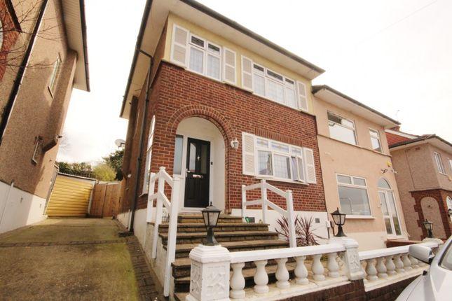 Thumbnail Property to rent in Kingshill Avenue, Romford