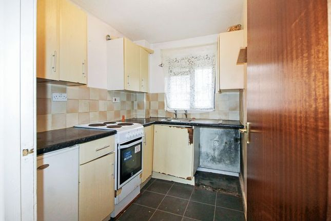 Photo 2 of Holland Court, Biscot Road, Luton LU3