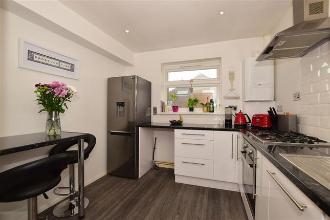 Thumbnail Flat for sale in Worcester Road, Sutton, Surrey