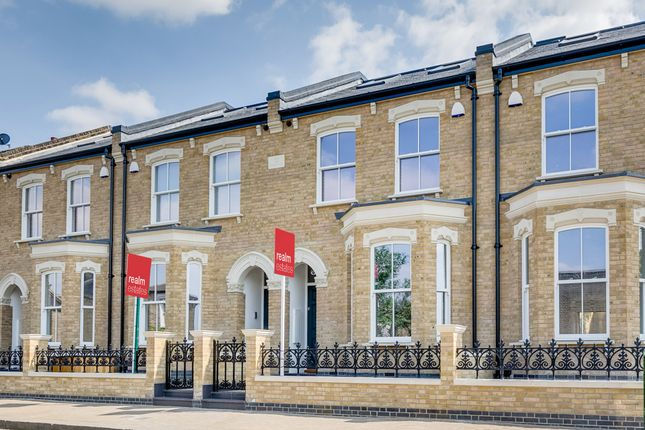 Thumbnail Terraced house for sale in Dighton Road, Wandsworth