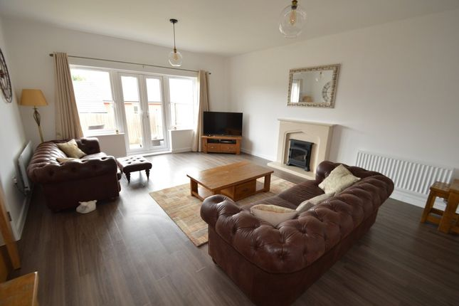 Thumbnail Town house for sale in Meridian Rise, Ipswich