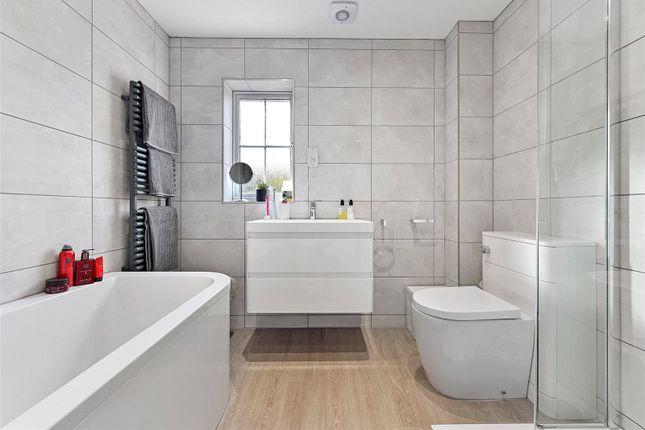 Bathroom of Windley Tye, Chelmsford CM1