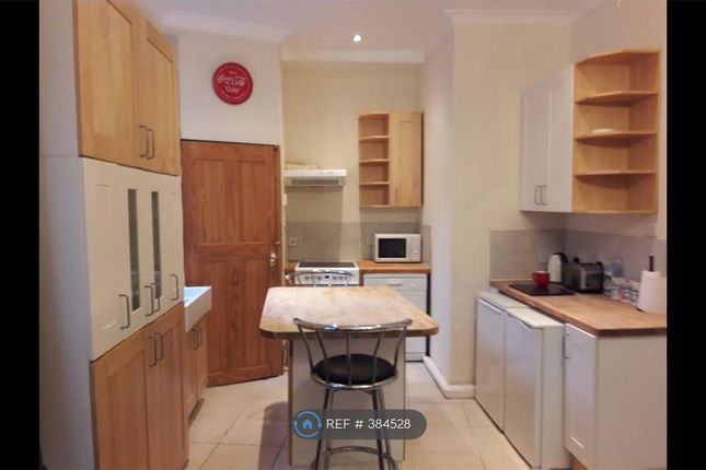 Thumbnail Flat to rent in Penders Lane, Falkirk