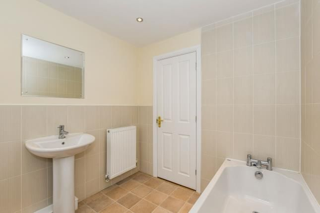 Bathroom of Chapelside Close, Great Sankey, Warrington, Cheshire WA5