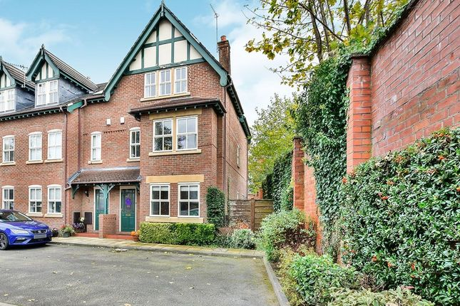 Thumbnail Semi-detached house to rent in Hawthorn Street, Wilmslow