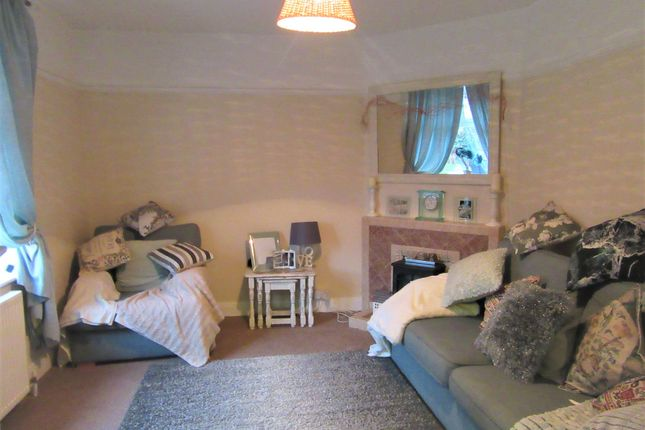 Lounge of Dell Road, South Oulton Broad, Lowestoft NR33