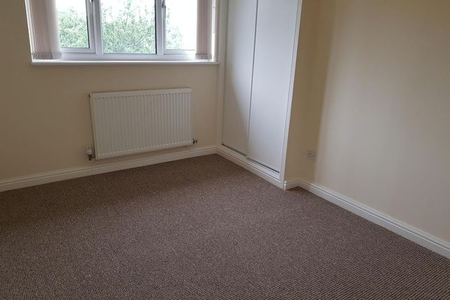 Photo 4 of Ainsdale Drive, Priorslee, Telford TF2