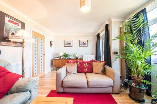 Thumbnail Flat for sale in Barns Road, Littlemore, Oxford